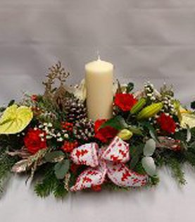 Christmas Table Arrangement with Large Candle